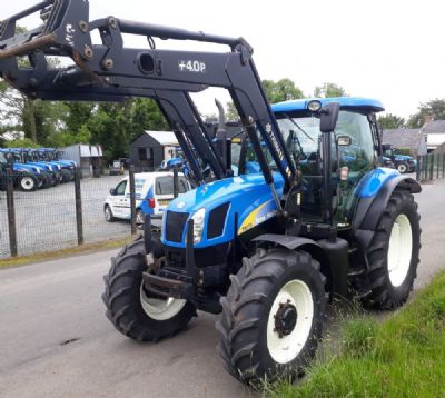 New Holland - TRACTORS | McMurray Tractors on
